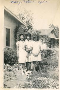 33. 1940s - mary, nellie & josie