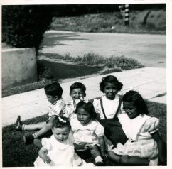 17. 1951 - baby kathie and cousins