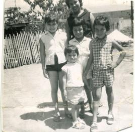 10. 1950s - mich, kathie & cousins