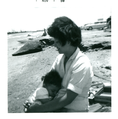 16. 1959-11 mommy & me on the beach.