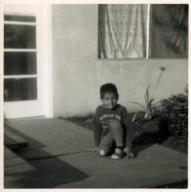 20. 1960s - matt, still on one knee.