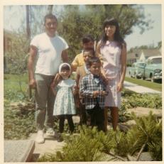 14. 1960s - dad, joyce, matt, joe, mich & kathie.