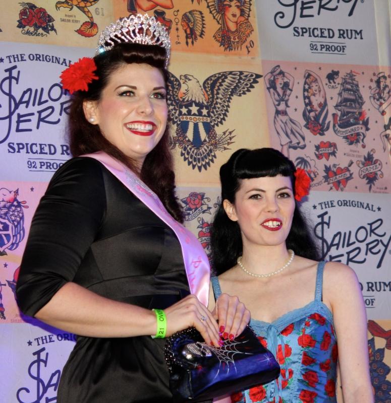 Miss Pinupalooza 2013, Samantha DeBruhl and Miss Pinupalooza 2012, Sunday O'Dare