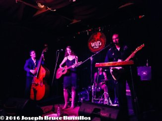 2014-05-03_The_Oak_Hill_Drifters_at_Will's_Pub_2