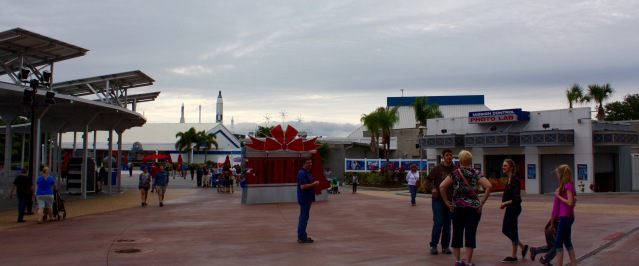 2015-12-18_Spirit-of-Exploration-KSC_16_Looking-toward-rocket-garden