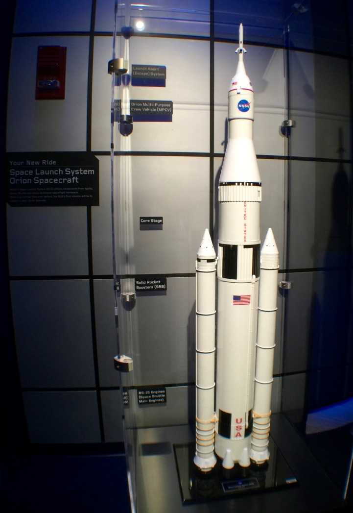 2015-12-18_Spirit-of-Exploration-KSC_22_SLS-model