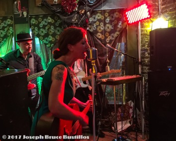 2015-12-26_oak-hill-drifters-at-little-fish-huge-pond-26