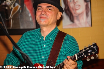 2016-01-08 Oak Hill Drifters at Smiling Bison: George Dimitrov smiling.