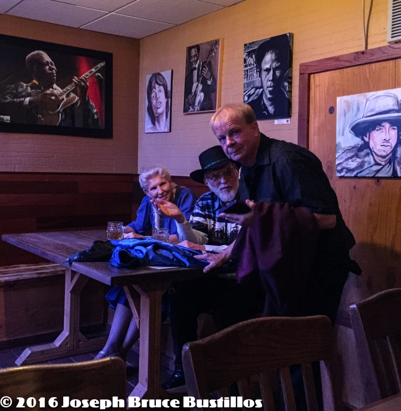 2016-01-08 Oak Hill Drifters at Smiling Bison: Tom Pearce talking with fans.