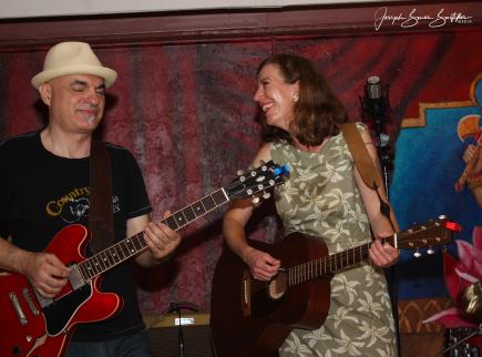 2016-07 Oak Hill Drifters at Om Bar: George Dimitrov and Rachel Decker